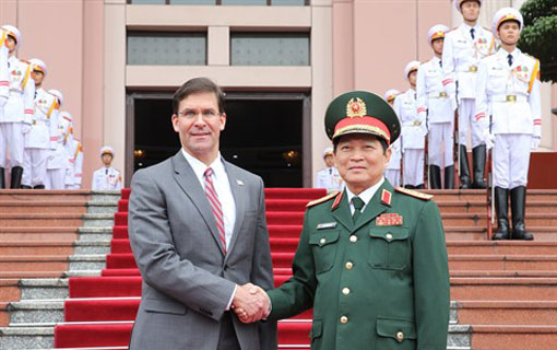 Vietnam and the United States intensify their cooperation in defense
