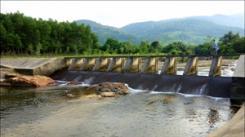 La France aide le Vietnam à développer son réseau de canaux d'irrigation