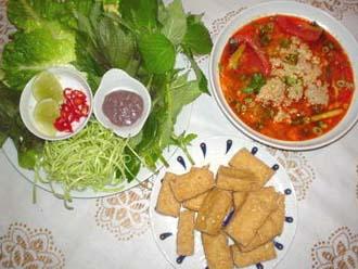 Bun Rieu , Soupe au crabe | Cap-Vietnam.com