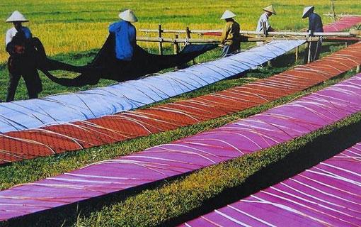 Fabrication de la soie au Vietnam