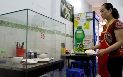 Vietnam: une table où a mangé Obama devient une attraction
